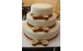ESK2055 -  erre az esküvői torta kódra hivatkozzon!