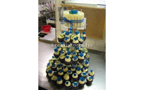 ESK2074 -  erre az esküvői torta kódra hivatkozzon!