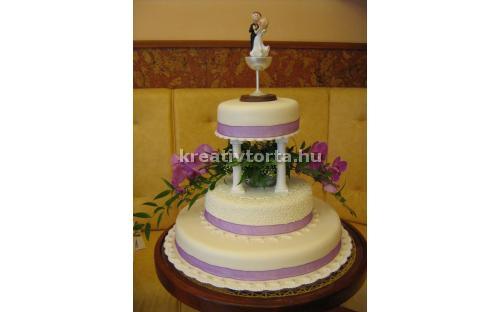 ESK2050 -  erre az esküvői torta kódra hivatkozzon!