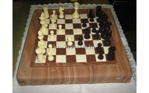 Sakk torta KRE2038