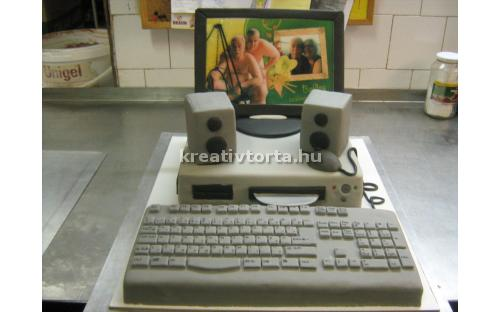 Számítógépes torta KRE2040